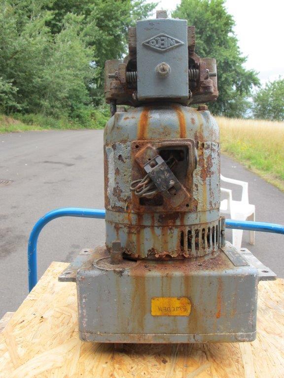 T86 Pedestal Motor.jpg