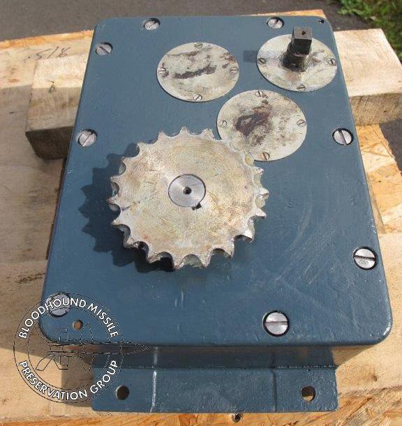 T86 Pedestal Gear Box Refurbished wm.jpg