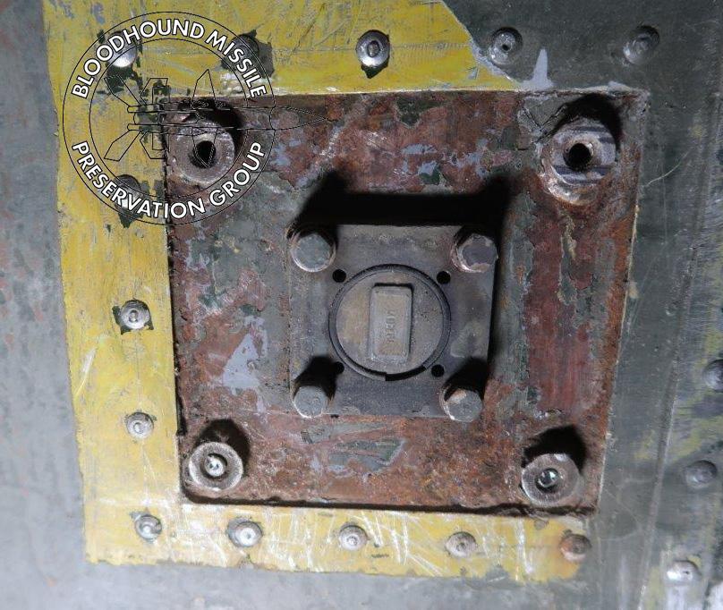 T86 OL Horn Mounting wm.jpg