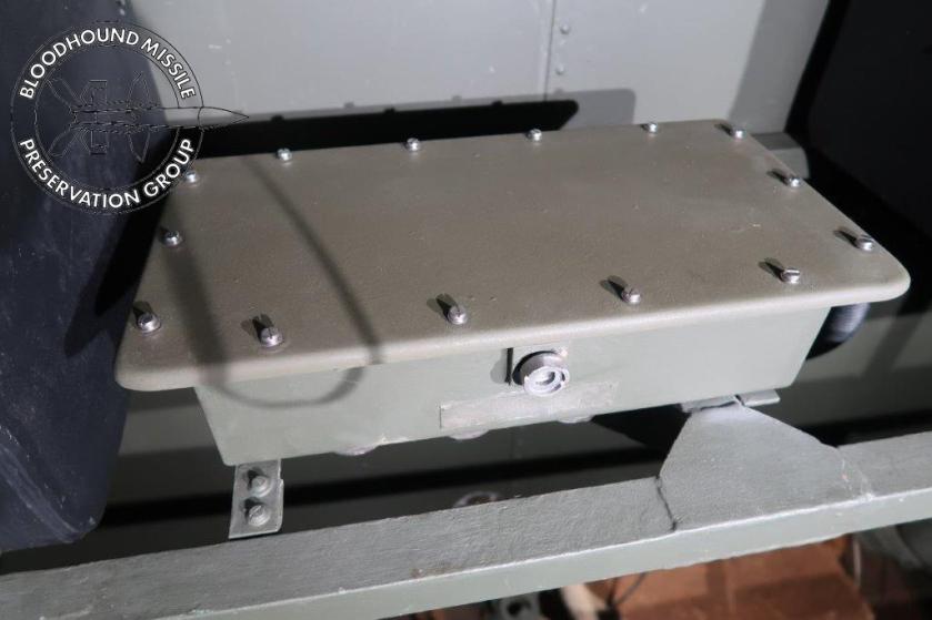 T86 Dist Box wm.jpg