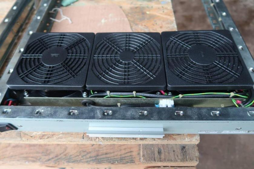 I-O Fan Tray Filters Fitted.jpg